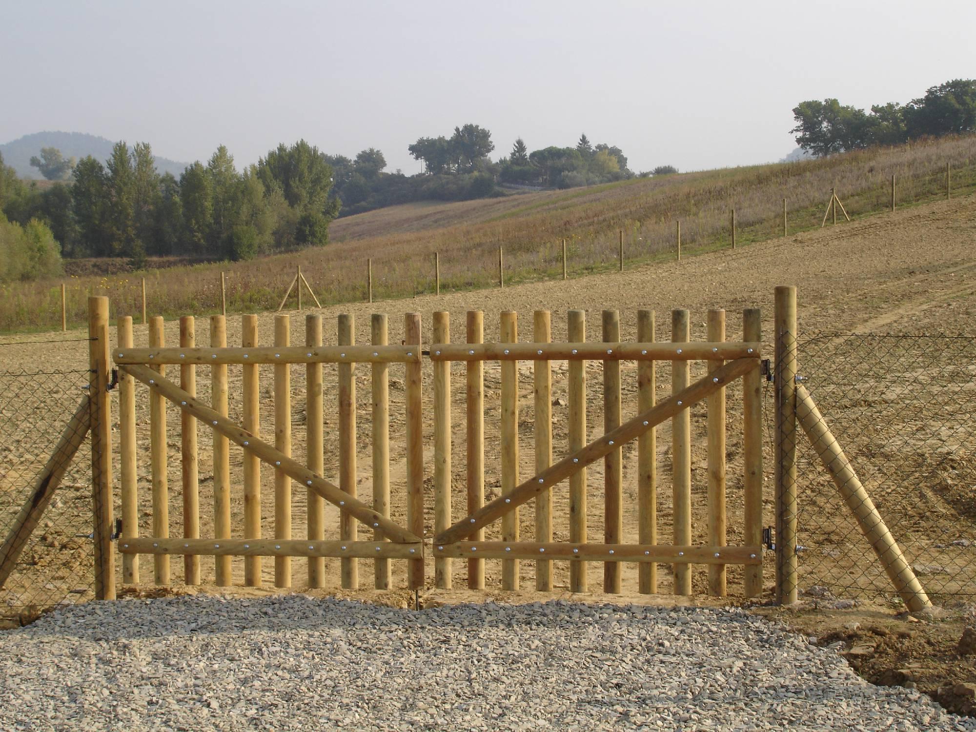 Amantini recinzioni cancelli in ferro o legno for Cancello in legno fai da te